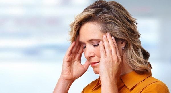 Признаки сотрясения головного мозга - симптомы и лечение